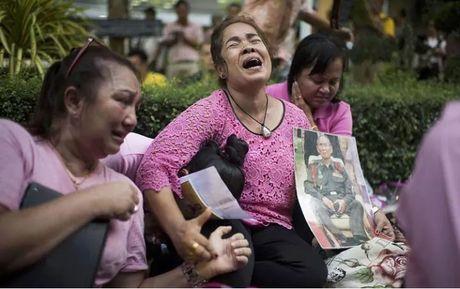 Du khach nen lam gi khi den Thai Lan dung dip quoc tang - Anh 2