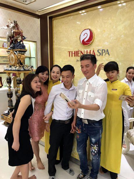 Dam Vinh Hung di spa, chuan bi cho liveshow 12 ty tai Ha Noi - Anh 6