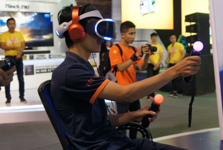 Playstation VR, Xperia ZX hut khach tai Sony Show Ha Noi - Anh 3