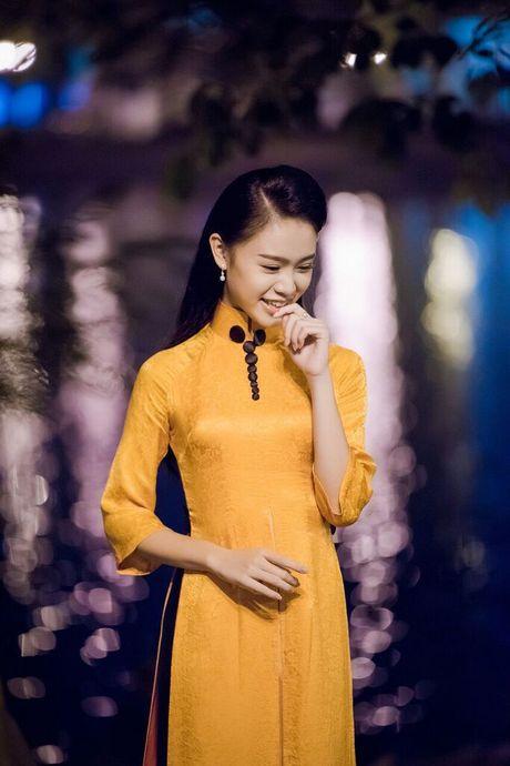 Nguoi dep Ngoc Van khoe sac voi ao dai la mat - Anh 5
