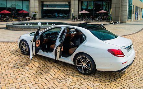 Mercedes-Benz E-Class 2017 – nhieu dot pha thong minh - Anh 3