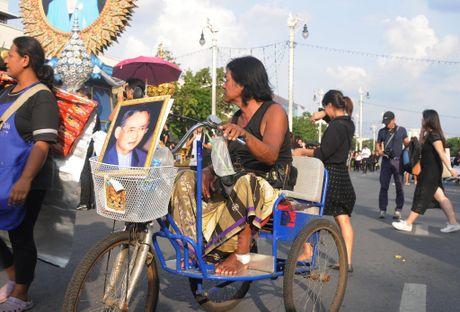 Nhung hinh anh kho quen tai le don linh cuu Nha Vua Thai Lan - Anh 6