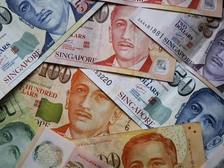 MAS duy tri lap truong chinh sach trung lap cho dong dola Singapore - Anh 1