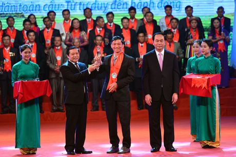 Toan canh le ton vinh Tu hao Nong dan Viet Nam 2016 - Anh 7