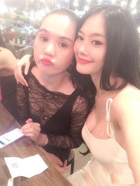 Cuoc chien do nguc 'khung' khong hoi ket cua Ngoc Trinh va Linh Chi - Anh 8