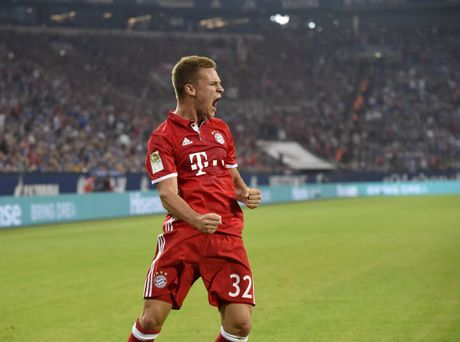 Kimmich lai ghi ban, nhung Bayern tiep tuc gay that vong - Anh 1