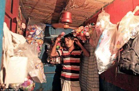 Soi 'khach san re nhat the gioi' 9.000 VND/dem o Bangladesh - Anh 6