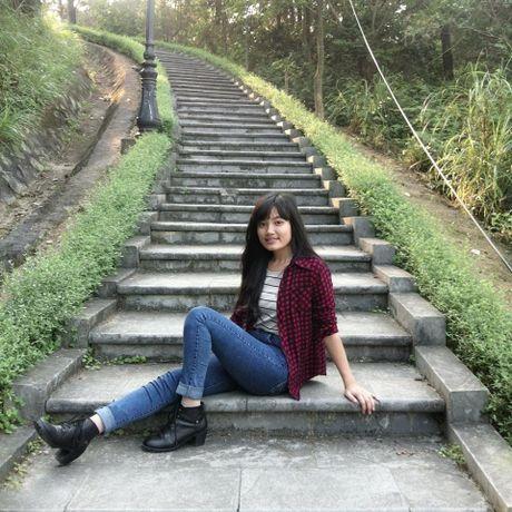 Co gai xu Nghe khien 'chang lun' U19 Viet Nam sieu long - Anh 6