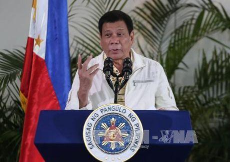 Tong thong Philippines lai dung ngon tu nang ne chi trich My va EU - Anh 1