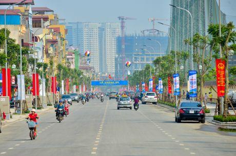 Khong ngung cung co 'the tran long dan' - Anh 1