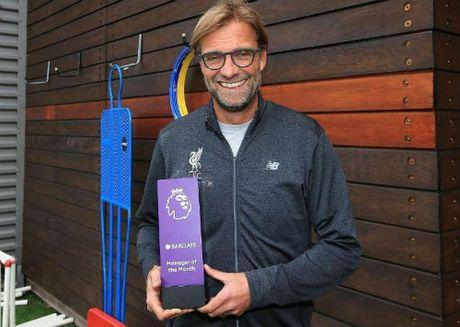 Liverpool dau MU: Mourinho khong xem Klopp la ban - Anh 1