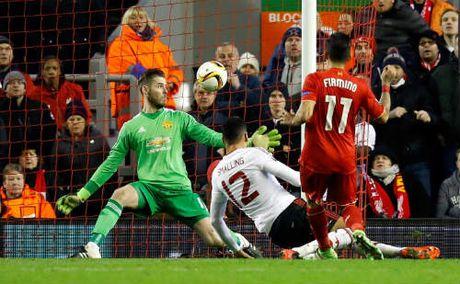 Liverpool dau MU: Mourinho khong xem Klopp la ban - Anh 4