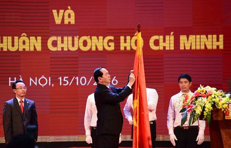 Truong DH Bach khoa Ha Noi ky niem 60 nam va don nhan Huan chuong Ho Chi Minh - Anh 1