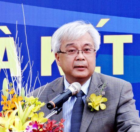 Ong Phan Thanh Binh thoi giu chuc Giam doc DH Quoc gia TP.HCM - Anh 1