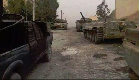 Quan doi Syria danh chiem thi tran then chot o Tay Ghouta - Anh 1