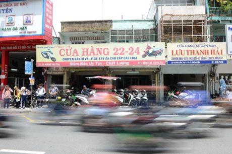 Pho xe may cu o nga tu Phu Nhuan - Anh 2