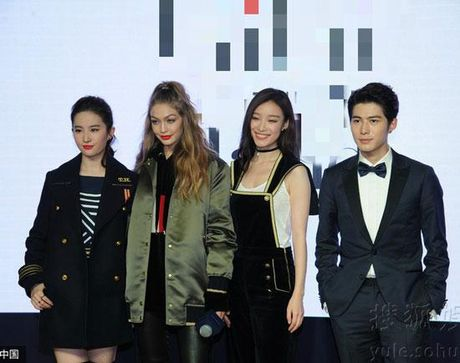 Chan dai Gigi Hadid dep lan at 'Than tien ti ti' Luu Diec Phi - Anh 1