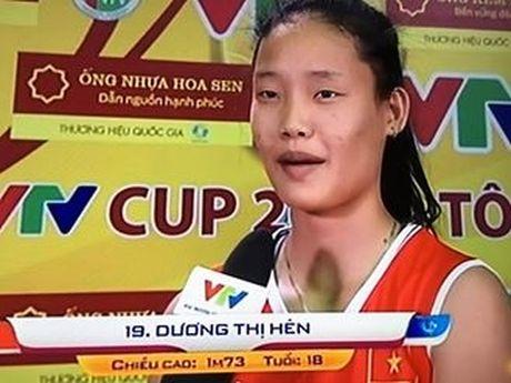 Ban ket 2 Giai bong chuyen VTV Cup: Dau an 3-0 cho tuyen Viet Nam - Anh 3