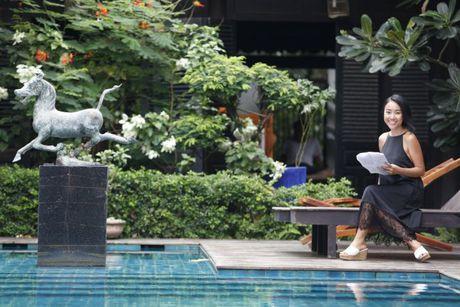 Chong Tay khong roi Doan Trang tren phim truong MV OST 'Sai Gon, anh yeu em' - Anh 10