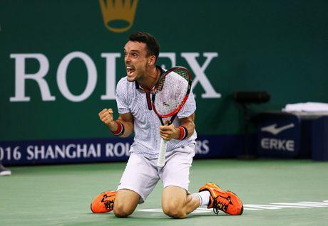 Djokovic dap vot, xe ao khi thua tai Thuong Hai Masters - Anh 7