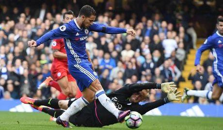 Costa va Hazard bung no, Chelsea vui dap Leicester - Anh 1