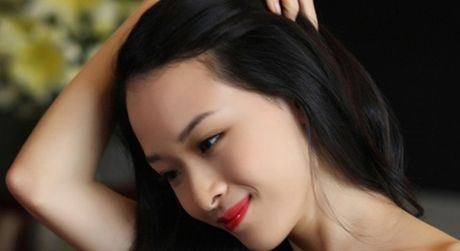 Tin moi vu Hoa hau Phuong Nga: Hop dong tinh ai la gia mao? - Anh 3