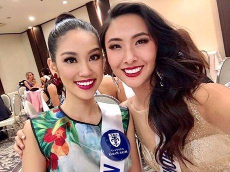 Phuong Linh duoc BTC Hoa hau quoc te 2016 chuc mung sinh nhat - Anh 1