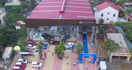 Hyundai Thanh Cong mo lien tiep 3 dai ly moi - Anh 1