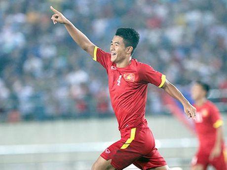 Ha Duc Chinh, 'chan go' sam vai 'nguoi hung' cua U19 Viet Nam - Anh 2