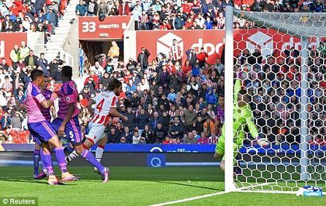 TRUC TIEP vong 8 Premier League: Arsenal 2-1 Swansea. De Bruyne da hong 11m (Hiep 2) - Anh 9