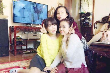 Bon cuoc hon nhan va nguoi chong tre thu 4 cua dien vien Hoang Yen - Anh 2