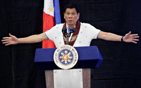 Tong thong Philippines Duterte khien ca My lan Trung Quoc... bat an? - Anh 1