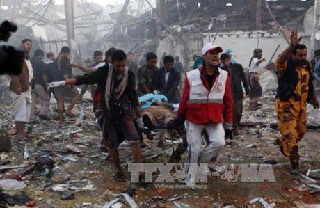 Lien minh do Arab Saudi dung dau tan cong nham o Yemen - Anh 1