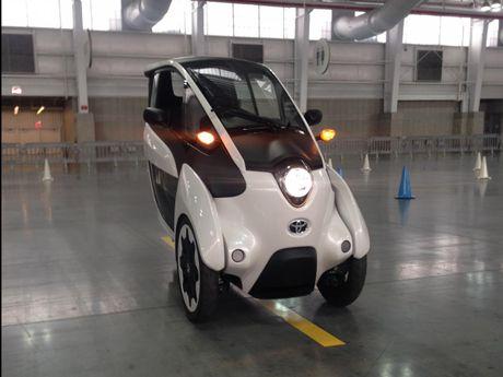 Toyota i-Road - mau xe cho 'giai phap di dong do thi' tuong lai - Anh 1