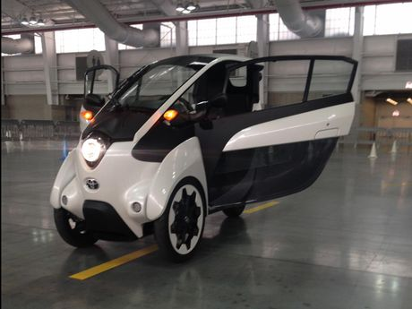 Toyota i-Road - mau xe cho 'giai phap di dong do thi' tuong lai - Anh 8