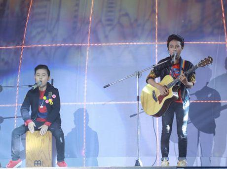 Noo Phuoc Thinh da het 'mit uot' tai The Voice Kids - Anh 12