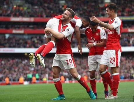 5 diem nhan sau tran Arsenal - Swansea - Anh 1