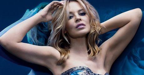 Kylie Minogue - Co ca sy cuong bong da - Anh 11