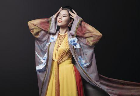 Nguyen Thi Loan khoe trang phuc dan toc la mat tai Miss Grand 2016 - Anh 5