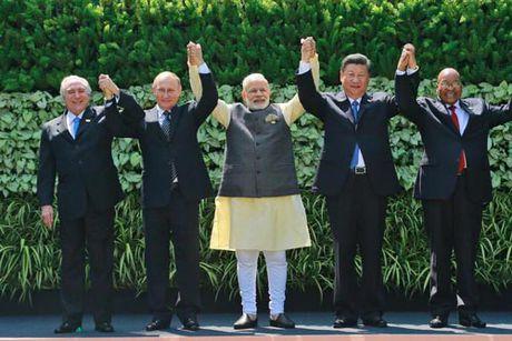 "BRICS dang ""suy yeu""? - Anh 1"