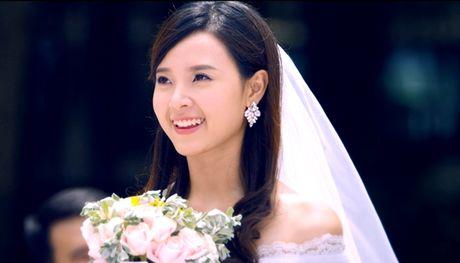 Hot girl Viet dien vay cuoi xinh dep du chua muon lay chong - Anh 5