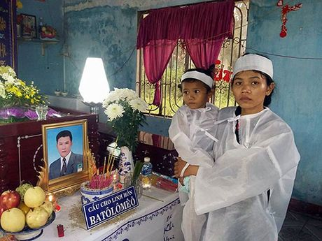 Binh Thuan: Set danh lam 2 nguoi tu vong - Anh 1