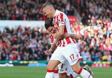 "Stoke – Sunderland: ""Hang thai"" Liverpool ruc sang - Anh 1"