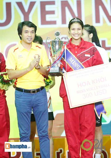 Nguoi dep Indonesia dang quang Hoa khoi VTV Cup 2016 - Anh 2