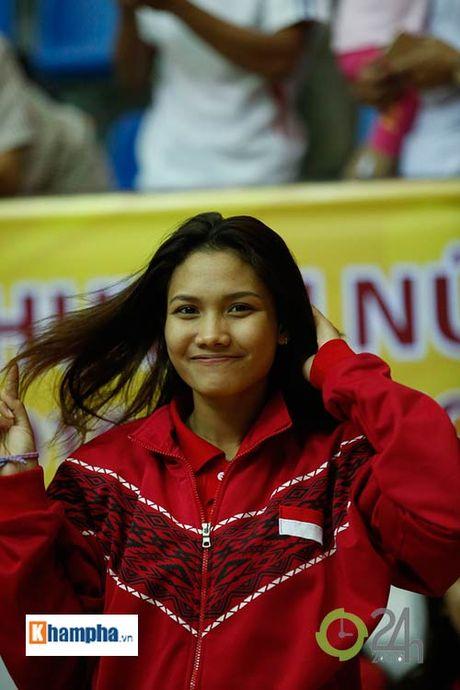 Nguoi dep Indonesia dang quang Hoa khoi VTV Cup 2016 - Anh 5