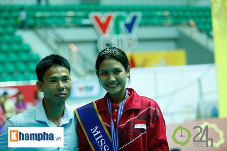 Nguoi dep Indonesia dang quang Hoa khoi VTV Cup 2016 - Anh 9