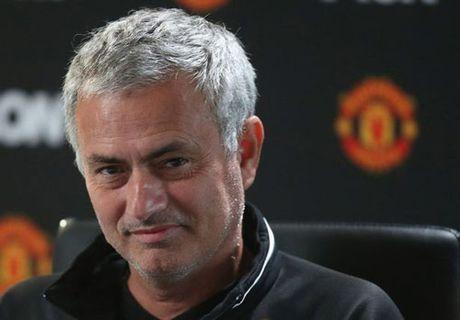 Mourinho: Liverpool khong dac biet, MU thang cung thuong - Anh 1