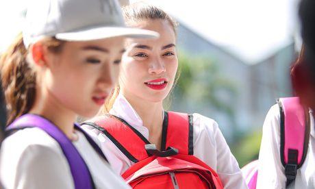 Ho Ngoc Ha huy show de ve Quang Binh cuu tro mua lu - Anh 1