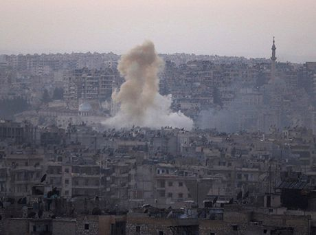 Quan doi Syria cho no tung ham tru an cua khung bo o Aleppo - Anh 1