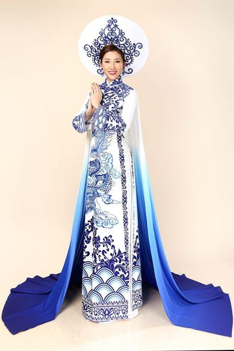 Bao Nhu mac ao dai truyen thong lay cam hung tu gom su Bat Trang - Anh 2